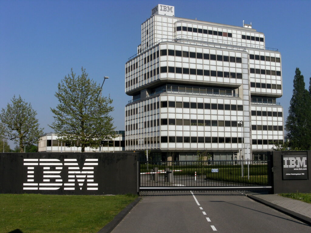 IBM Propose to cut 10 thousand Workforce Reduction in Europe, moves to Hybrid Cloud